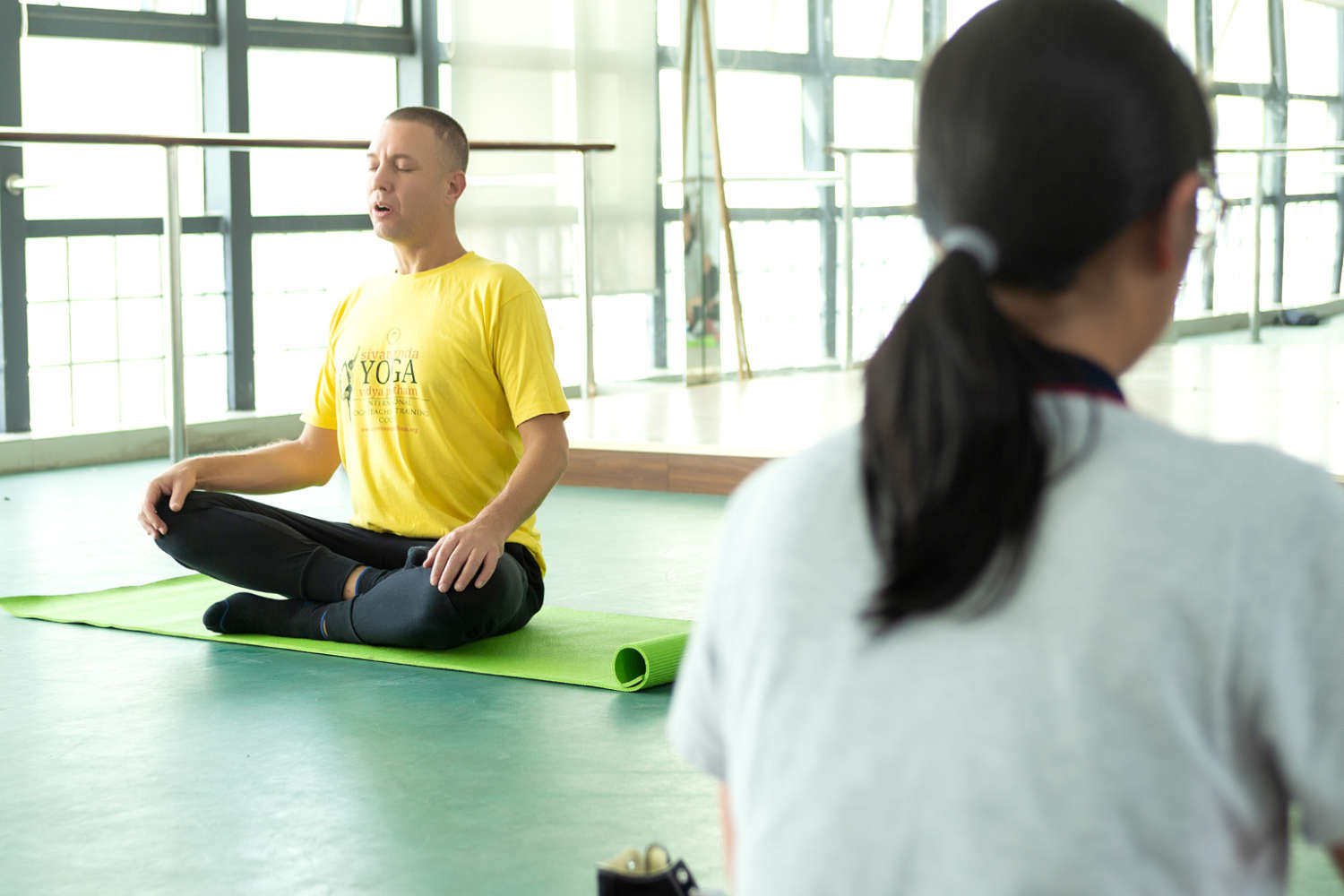 Nanjing-high-school-yoga-1500x1000